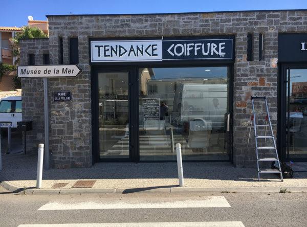 Tendance Coiffure enseigne lumineuse à Sète