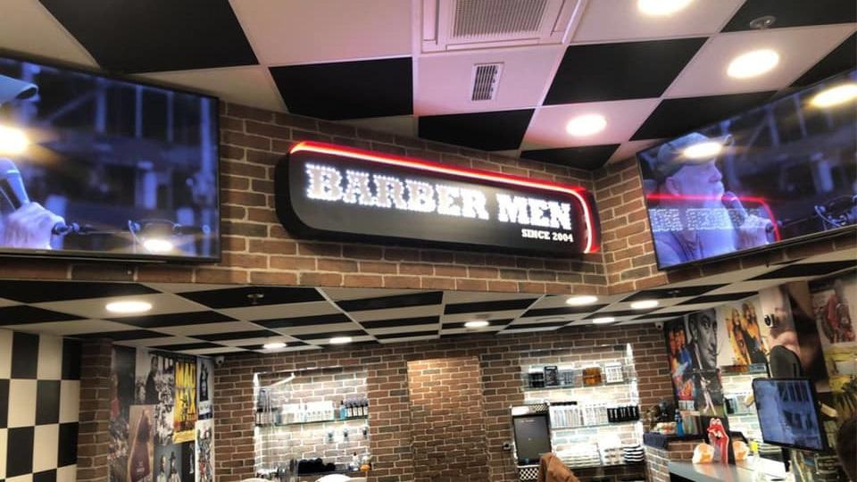 barber men enseigne intérieur